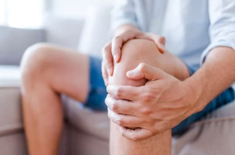 Man with joint pain in his knee